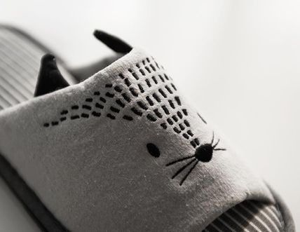 DECO VIEW ライフスタイルその他 【DECO VIEW】 Meow embroidery slippers(5)