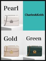 大人気☆Charles&Keith★EMBELLISHED PUSH LOCK CLUTCH★