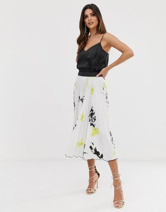 Closet London pleated midi skirt in floral print