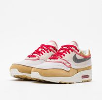 Nike Air Max 1 Premium SE Inside Out in Club Gold 858876-713