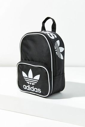 adidas バックパック・リュック セール!【Urban Outfitters】adidas Santiago Mini Backpack(2)
