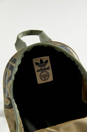 adidas バックパック・リュック セール!【Urban Outfitters】adidas Santiago Mini Backpack(11)