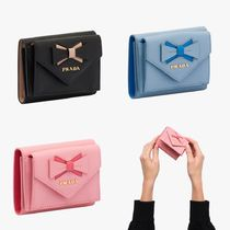 PRADA Saffiano leather wallet with bow 1MH021_2B7S
