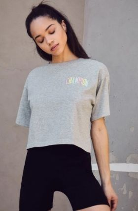 CHAMPION Tシャツ・カットソー NEW!! 19SS!!☆Champion☆ Rainbow Embroidered Cropped T-Shirt(3)