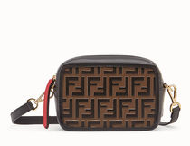 【関税負担】 FENDI FF CAMERA SHOULDER BAG