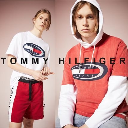 Tommy Hilfiger Tシャツ・カットソー TOMMY JEANS オーバルロゴTシャツ 関税なし 国内買付 すぐ届く