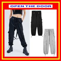 [OPEN THE DOOR]    strap cargo jogger pants (2 color)/追跡付