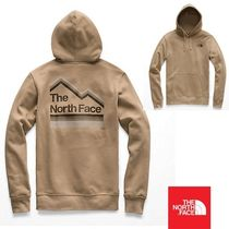 THE NORTH FACE  Men's Gradient Sunset Pullover Hoodie