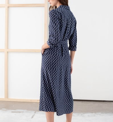 """& Other Stories ワンピース """"& Other Stories"""" Belted Micro Floral Midi Dress Navy(4)"""