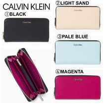 【Calvin Klein】●お買い得● PEBBLE LARGE ZIP-AROUND WALLET