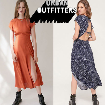 Urban Outfitters ワンピース ● Urban Outfitters ●人気 Lindsey ミディ丈 ワンピース 2色