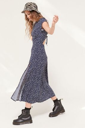 Urban Outfitters ワンピース ● Urban Outfitters ●人気 Lindsey ミディ丈 ワンピース 2色(2)