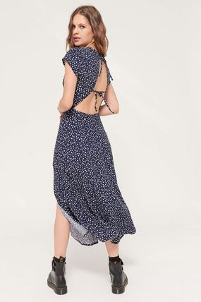 Urban Outfitters ワンピース ● Urban Outfitters ●人気 Lindsey ミディ丈 ワンピース 2色(5)