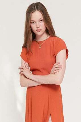 Urban Outfitters ワンピース ● Urban Outfitters ●人気 Lindsey ミディ丈 ワンピース 2色(10)