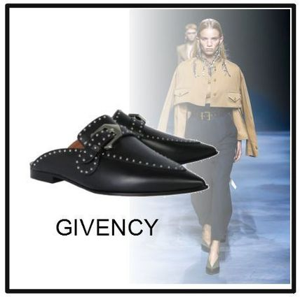 GIVENCHY シューズ・サンダルその他 【GIVENCY】STUDDED LEATHER LOAFERS