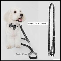 ★CHARLES AND KEITH☆犬用 リード プリント柄 黒 首輪とお揃い