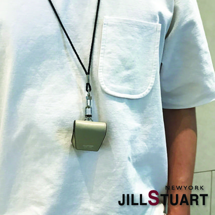 JILLSTUART スマホケース・テックアクセサリー [JILLSTUART] Leather Logo Simple AirPods Case(13)