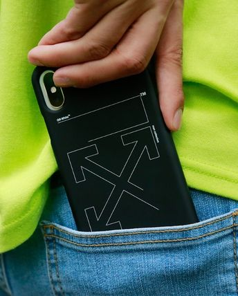 Off-White スマホケース・テックアクセサリー ★イベント/関税込★Off-White★ARROW IPHONE XS PHONE CASE★(10)