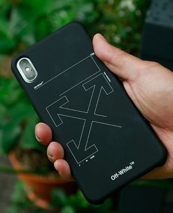 Off-White スマホケース・テックアクセサリー ★イベント/関税込★Off-White★ARROW IPHONE XS PHONE CASE★(12)