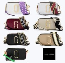 MARC JACOBS(マークジェイコブス) ショルダーバッグ・ポシェット 【関税/送料込】★MARC JACOBS★人気の「SMALL CAMERA BAG」