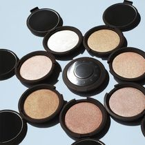 【BECCA】Shimmering Skin Perfector Pressed ハイライター(小)