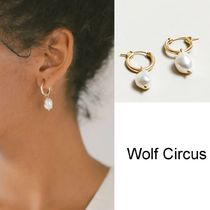 Wolf Circus(ウルフサーカス) ピアス Wolf Circus/淡水パールピアス Small Pearl Hoops in Gold