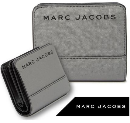 MARC JACOBS 折りたたみ財布 SALE! Marc Jacobs ロゴ ミニ 財布★L字ファスナー小銭入れ付♪(10)