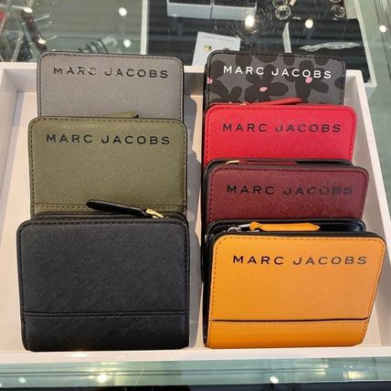 MARC JACOBS 折りたたみ財布 SALE! Marc Jacobs ロゴ ミニ 財布★L字ファスナー小銭入れ付♪(4)
