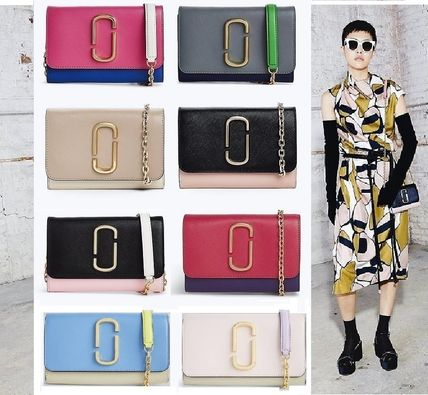 MARC JACOBS 財布・小物その他 【関税込】★MARC JACOBS★人気のSnapshot チェーンウォレット
