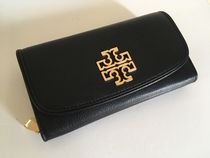 TORY BURCH BRITTEN DUO ENVELOPE CONTINENTAL WALLET 即発送
