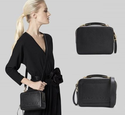 MARC JACOBS ショルダーバッグ・ポシェット 【関税込/追跡付】★MARC JACOBS★2019年 The Box ミニバッグ(2)