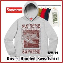 Supreme(シュプリーム) パーカー・フーディ Supreme Doves Hooded Sweatshirt AW 19 FW 19 WEEK 2 2019