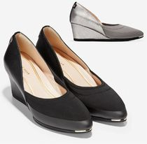 COLE HAAN Grand Ambition Stretch Wedge 55mm