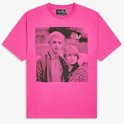 FRED PERRY Tシャツ・カットソー 【FRED PERRY】RAF SIMONS コラボ☆ プリント Tシャツ Pop Pink(2)