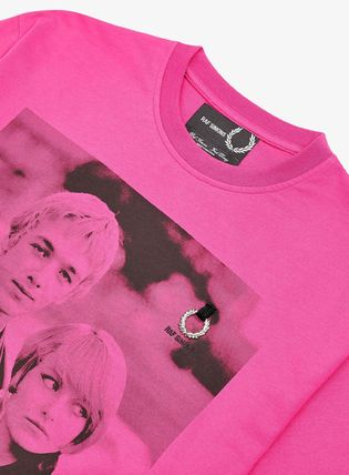 FRED PERRY Tシャツ・カットソー 【FRED PERRY】RAF SIMONS コラボ☆ プリント Tシャツ Pop Pink(4)
