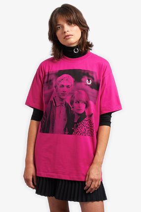 FRED PERRY Tシャツ・カットソー 【FRED PERRY】RAF SIMONS コラボ☆ プリント Tシャツ Pop Pink(5)