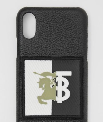 Burberry スマホケース・テックアクセサリー BURBERRY Contrast Logo Graphic Leather iPhone X/XS ケース 黒(2)