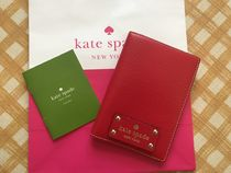 即発★Kate Spade★Wellesley Passport Holder★Phillbox Red