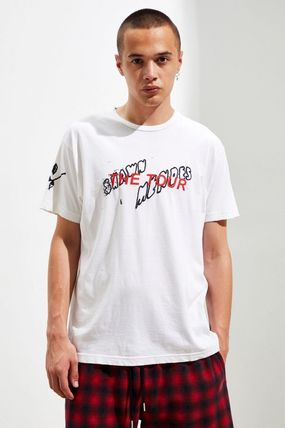 Urban Outfitters Tシャツ・カットソー Urban Outfitters X Shawn Mendes <THE TOUR Doodle Tシャツ!>(3)