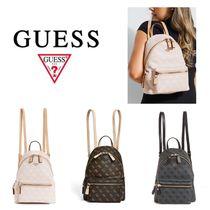 新作【Guess】ロゴ入りLEEZA PEBBLED SMALL BACKPACK