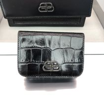 BALENCIAGA BB Mini Wallet in black shiny crocodile embossed