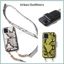 Urban Outfitters☆iPhone11,Pro,Pro Max☆クロスボディーケース