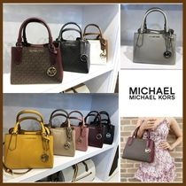 Michael Kors(マイケルコース) ハンドバッグ 【Michael Kors】KIMBERLY SMALL  SATCHEL 2way バッグ☆