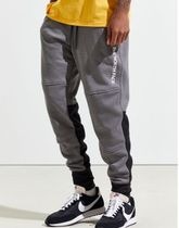 The North Face NSE Graphic Jogger Pant