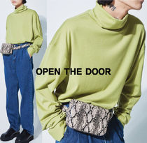 OPTEN THE DOOR placket over pola T UNISEX   s737