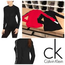 大人気!【Calvin Klein】Logo-Stripe Mock-Neck T-Shirt♪可愛い