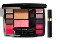 CHANEL☆フランスEXCLUSIVE TRAVEL MAKEUP PALETTE camelia