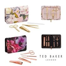 UK発! *Ted Baker* ネイルケアキット 花柄 ポーチ 付き