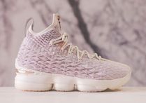【価格交渉可】Kith x LeBron Performance 15 'Rose Gold'