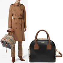 BB302 SMALL LEATHER AND VINTAGE CHECK CUBE BAG